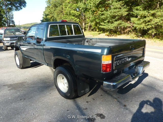 1994 Toyota Pickup SR5 V6 Xtracab 4WD 4-Speed Automatic