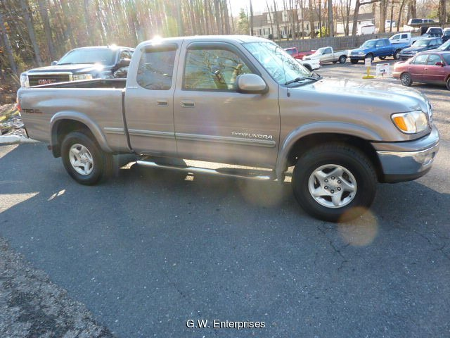 2000 Toyota Tundra Limited Access Cab 4WD 4-Speed Automatic