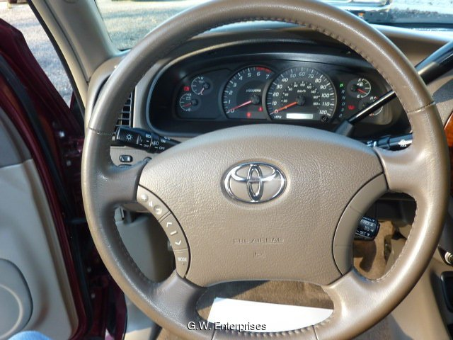 2005 Toyota Tundra Limited Double Cab 4WD 5-Speed Automatic